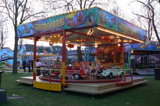 Foto van onze kindermolen Kiddy's Dream World (kermis Aarle)